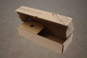 Stanssattu laatikko sisäosalla